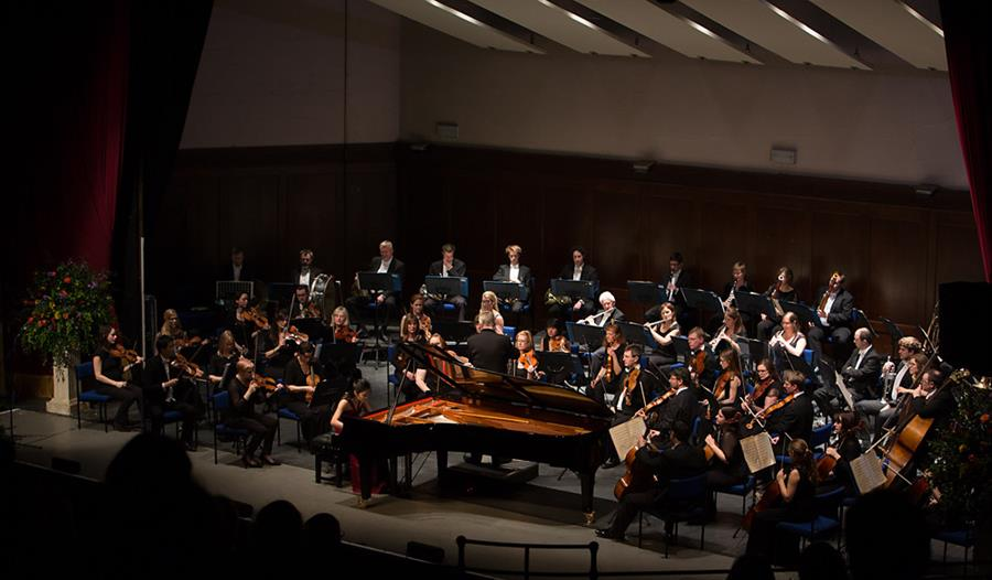 Hastings International Piano Concerto Competition 2019 Final
