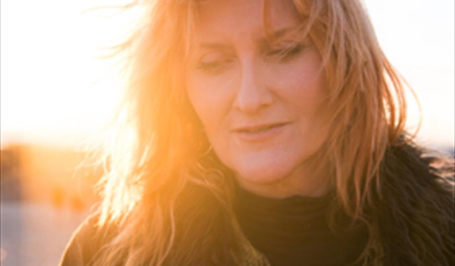 Eddi Reader: 40 Years Live Tour + Support Findlay Napier