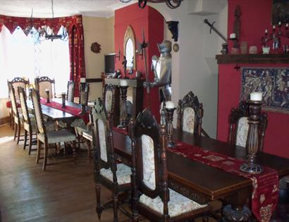 Minstrels Rest - dining room