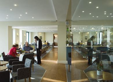 Cafe/Bar area of White Rock Hotel