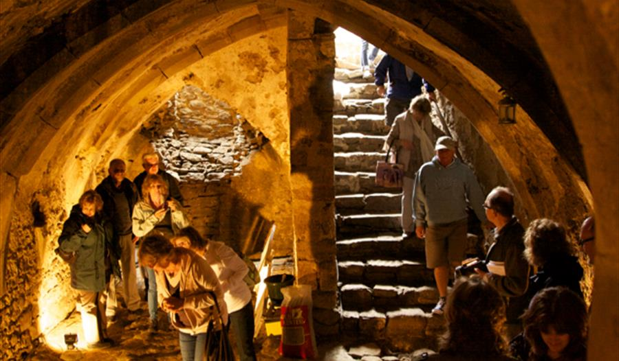 Winchelsea medieval cellar tours